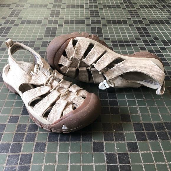 e558325048e5 Keen Shoes - NWOT KEEN Newport Retro Sandal in color Hemp